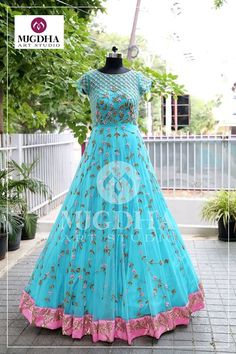 Sure you will fall in love with this wonderful outfit! Lovely Color and Artistic design from Mugdha Art Studio. They can customize the color and size as per your requirement Product code - MA 129 To Order : whatsapp 9010906544 For Call: 8899840840 (IVR) Indian Wedding Gowns, Indian Gowns Dresses, Wedding Dress, Wedding Outfits, Designer Kurtis, Designer Gowns, Long Gown Dress, Frock Dress, Long Gowns
