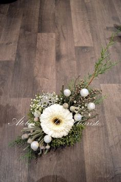 Atelier Lukas Fleuriste Creations, Wreaths, Table Decorations, Furniture, Home Decor, Atelier, Decoration Home, Room Decor, Home Furnishings