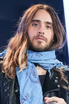 """""""If you're not pissing some people off, you're doing something wrong"""" - Jared Leto Jared Leto Haircut, Jared Leto Long Hair, Jared Lato, Most Beautiful Man, Beautiful People, Shannon Leto, Just Jared, Celebs, Celebrities"""