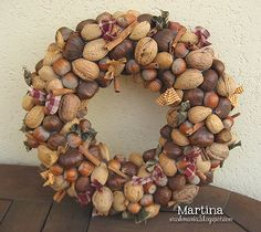 My momma use to make these years ago and give them as gifts. Fall Wreaths, Christmas Wreaths, Christmas Crafts, Christmas Decorations, Christmas Ornaments, Holiday Decor, Christmas Makes, Christmas Time, Diy Wreath
