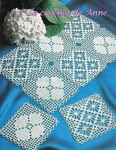Crochet Patchwork Effect Doily Pattern Crochet Square Patterns, Crochet Diagram, Crochet Squares, Crochet Designs, Crochet Afghans, Filet Crochet, Crochet Motif, Doilies Crochet, Magazine Crochet