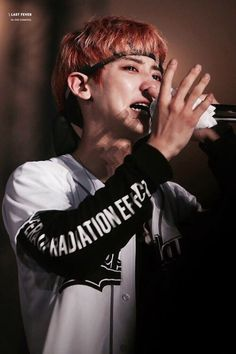 Oh my baby is cry!!!! CHANYEOLLL