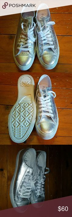 Shinny Converse Cute metallic silver Converse with snakeskin detail. Never been worn! Very comfy and bright! Converse Shoes Sneakers