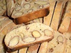 Ma maman m'a fait découvrir les croquants aux amandes à la même occasion que les tuiles aux amandes. Ces petits gâteaux sont idéaux pour le goûter ou pour la pause de 11h !! Leur croquant est très surprenant. Si le premier sentiment est de penser que...