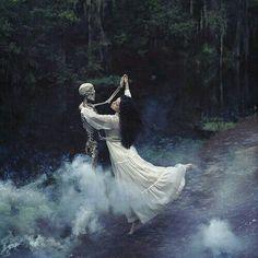 Whimsical Photography, Fantasy Photography, Magical Photography, Witch Photos, Halloween Photos, Halloween Photography, Arte Obscura, Witch Aesthetic, Aesthetic Dark