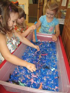 Water beads #sensory_table, #October Put in spiders and rubbers squishy lizards or frogs from dollar store.