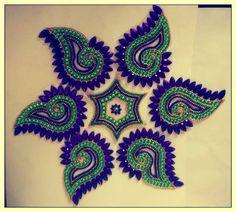 Kundan Art Work: Re-arrangeable Kundan Rangoli's (Home Decor) Rangoli Border Designs, Rangoli Patterns, Rangoli Ideas, Beautiful Rangoli Designs, Thali Decoration Ideas, Diy Diwali Decorations, Diwali Craft, Diwali Diy, Hand Embroidery Designs