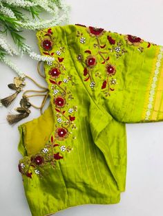 End Customization with Hand Embroidery & beautiful Zardosi Art by Expert & Experienced Artist That reflect in Blouse , Lehenga & Sarees Designer creativity that will sunshine You & your Party. Wedding Saree Blouse Designs, Best Blouse Designs, Simple Blouse Designs, Stylish Blouse Design, Saree Wedding, Embroidery Neck Designs, Embroidery Thread, Hand Work Blouse Design, Maggam Work Designs