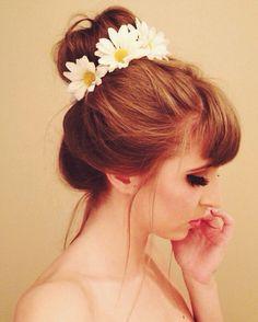 Bun Daisy Crown