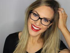 Brille bedeutet nicht keinen Lippenstift