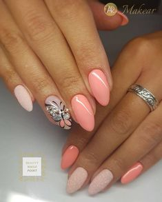 Installation of acrylic or gel nails - My Nails Fancy Nails, Cute Nails, Pretty Nails, Shellac Nails, Nail Manicure, Hair And Nails, My Nails, Peach Nails, Nagellack Trends