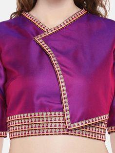purple non padded twill Kimono blouse - JustB - 2968928 Saree Blouse Neck Designs, Fancy Blouse Designs, Dress Neck Designs, Bridal Blouse Designs, Kimono Blouse, Stylish Blouse Design, Designer Blouse Patterns, Ideias Fashion, Purple