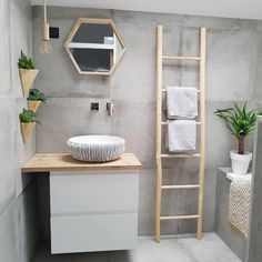 This looks so cute ☀️👌🏻 Living Room Designs, Living Room Decor, Bedroom Decor, Nordic Interior, Interior Design, Concrete Tiles, Nature Decor, Decoration, Ladder Decor