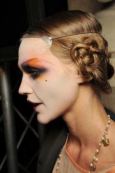 spring 2011 ready-to-wear John Galliano Beauty