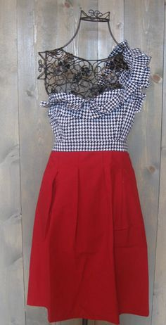 """Absolutely fabulous """"Houndstooth Hottie"""" GameDay dress for #Bama Ladies. $118"""