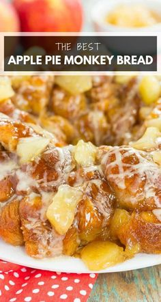 This Apple Pie Monkey Bread is a deliciously sweet and easy dish that makes the perfect breakfast or dessert! With just a few ingredients and minimal prep time, this pull-apart bread is soft, gooey, and bursting with apple chunks and warm spices. One bit and this will become your favorite fall treat! #monkeybread #monkeybreadrecipe #applemonkeybread #applebreakfast #appledessert #fallbreakfastideas #falldesserts #fallrecipes #recipe