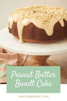 - Peanut Butter Bundt Cake Peanut Butter Bundt Cake is THE cake for peanut butter lovers. This soft, moist peanut butter cake is topped with a peanut butter cream cheese glaze for big peanut butter flavor! Bunt Cakes, Cupcake Cakes, Cupcakes, Köstliche Desserts, Dessert Recipes, Peanut Butter Recipes, Chocolate Peanut Butter Bundt Cake Recipe, Pound Cake Recipes, Savoury Cake
