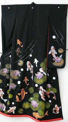 black hikizuri kimono with koi Japanese Outfits, Japanese Fashion, Asian Fashion, Japanese Geisha, Koi, Kimono Fabric, Kimono Dress, Japanese Textiles, Japanese Fabric