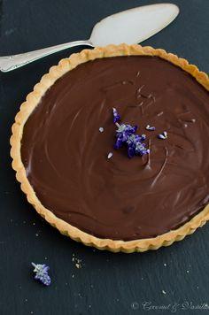 Schokoladentarte mit Crème fraîche nach Rachel Khoo - Chocolate Tart with Crème fraiche from Rachel Khoo