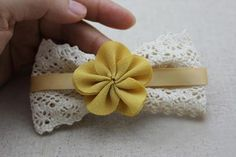 DIY Crafts : DIY Ribbon hair bow with flowers