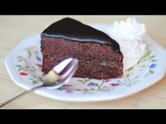 "LA TARTA SACHER DEL HOTEL SACHER | La receta ""original"" - YouTube Mousse Cake, Original Recipe, Yummy Cakes, Cake Pops, Eat Cake, Chocolate Cake, Cake Recipes, Cake Decorating, Bakery"