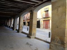 Visita al Barrio de los Almudines en Alcañiz. Plaza de los Almudines
