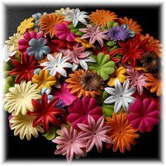 ✿✿100 FLEURS en papier - SUPER LOT - MIX - PROMO ✿✿ Scrapbook Supplies, Scrapbooking, The 100, Plants, Paper Flowers, Scrapbooks, Flora, Plant, Memory Books