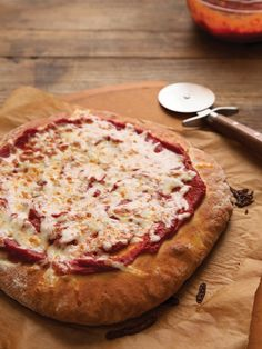You wished you could have gluten free pizza that tastes like REAL pizza, right? This Thick-Crust Gluten Free Pizza Dough recipe from GFOAS Bakes Bread page 187 grants your wish. Gluten Free Pizza Crust from GFOAS Bakes Bread Gluten Free Dinner, Gluten Free Cooking, Dairy Free Recipes, Cooking Recipes, Snacks Recipes, Pizza Recipes, Pizza Sans Gluten, Paleo, Gluten Free Living