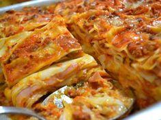 Lasanha de Domingo Pasta Recipes, Cooking Recipes, Healthy Recipes, Portuguese Recipes, Italian Recipes, I Love Food, Good Food, Food Porn, Easy Meals