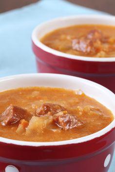 Káposztaleves recept. Válogass a többi fantasztikus recept közül az Okoskonyha online szakácskönyvében!