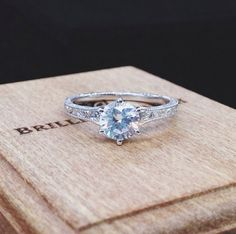 women's engagement wedding ring #diamond #fashion #trend
