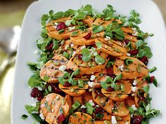 Grilled Sweet Potato-Poblano Salad - grilled sweet potatoes, poblano peppers, roasted pumpkin seeds, and a cilantro vinaigrette. 2011 under Harvest Salads. Sweet Potato Side Dish, Salad With Sweet Potato, Potato Sides, Best Salad Recipes, Healthy Recipes, Healthy Gourmet, Healthy Dinners, Healthy Eating, Southern Style Potato Salad