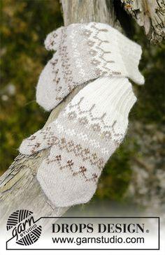 Talvik / DROPS - Free knitting patterns by DROPS Design Talvik / DROPS - Free knitting patterns by DROPS Design History of Knitting Wool spinning, weaving and stitching . Baby Knitting Patterns, Crochet Sock Pattern Free, Knitted Mittens Pattern, Skirt Pattern Free, Knit Mittens, Knitted Gloves, Free Knitting, Knitting Socks, Fingerless Gloves