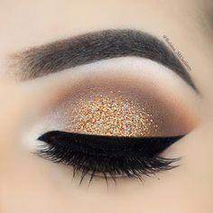 "Doesnt @rubina_muartistry look cute? We are totally amazed! . Use promo code ""AR1ANA"" for 10% discount . Check out all lashes at http://www.ArianaLashes.com . repost via: @rubina_muartistry  #eyelashextention #instalove #3dmink #makeupgirlz #makeupartistsworldwide #skinperfection #eyelashextensionproducts #lashesfordays #lashlove #cleanlook #makeupart"