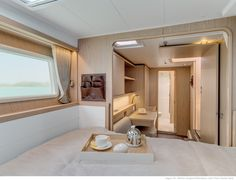 Lagoon 39 - Kat Marina - Owners' cabins The Lagoon 39 is available with an interior layout featuring a large owner's cabin in each hull.