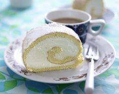 Unser beliebtes Rezept für Zitronen-Biskuitrolle und mehr als 55.000 weitere kostenlose Rezepte auf LECKER.de.