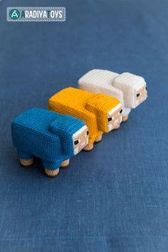 Sheep from 'Minecraft', amigurumi toy by AradiyaToys on DeviantArt
