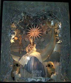 100 лучших Новогодних витрин мира