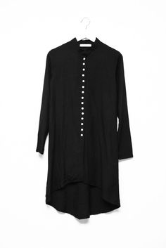 VTG BLACK MINIMALIST DRESS via collection Nº2. Click on the image to see more!