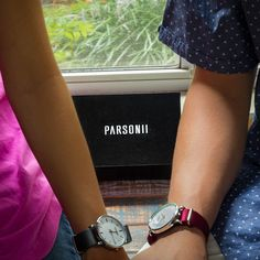 Love this Parsonii interchangeable watch. It's elegant, stylish and adjustable to match you and your style!