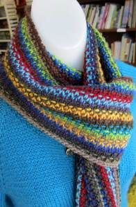 Linen-stitch scarf pattern using scrap yarn. Pretty!!