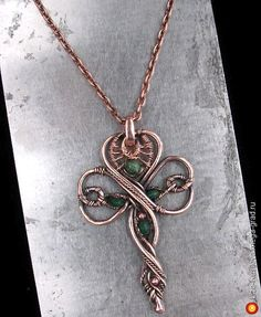 Shamrock Pendant 2 - ornaments made of metal, copyrights Pendants. MegaGrad - the city of craftsmen and artists Copper Jewelry, Wire Jewelry, Jewelry Art, Beaded Jewelry, Jewelry Design, Copper Bracelet, Jewellery, Copper Wire, Wire Pendant