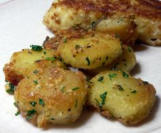Thibeault's Table: Parmesan Garlic Roasted Potatoes