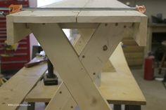 DIY $20 Outdoor Patio Bench via PinKWhen.com 4.