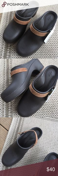 Crocs NWT Size 8 W $40 NWT Crocs Expresso Sarah Fit 8 W $40 CROCS Shoes Mules & Clogs