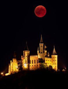 5c5ef376d Blood moon 2018  the lunar eclipse – as it happened