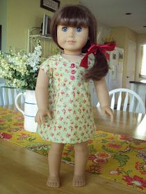 Okay. so I'm obsessed with doll clothes for the moment!  I found another great free pattern.  This one is a dress.  I dug out some fabric sc...