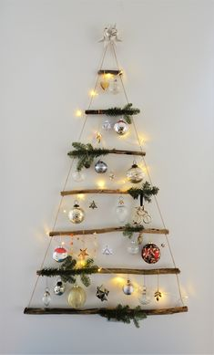 Creative and Easy Christmas Crafts for Kids – Wine Cork Ornaments Cheap and Easy DIY Christmas Decorations on a Budget Diy Christmas Decorations Easy, Christmas Crafts For Kids, Simple Christmas, Christmas Diy, Diy Christmas Room Decor, Christmas Decorations Australian, Hanging Christmas Tree, Handmade Christmas Tree, Christmas Projects