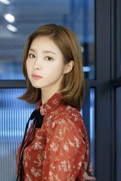 These Are The 55 Most Beautiful Asian Women, According To Industry Professionals Shin Se Kyung (South Korea) Shin Se Kyung, Korean Beauty, Asian Beauty, Bride Of The Water God, Kim So Eun, Girls Short Haircuts, Korean Actresses, Dream Hair, Korean Celebrities