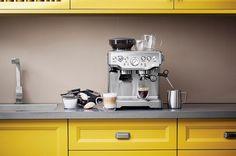 5 eletros Tramontina compõem a decoração das bancadas de cozinha